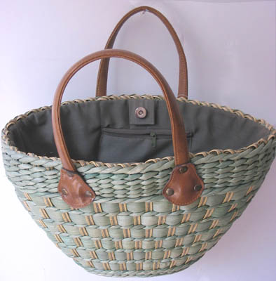Green straw tote bag